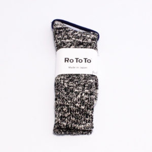 Rototo low gauge slub crew socks black 01