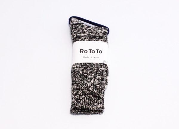 Rototo low gauge slub crew socks black 01