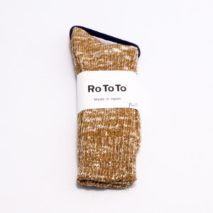 Rototo low gauge slub crew socks mustard 01