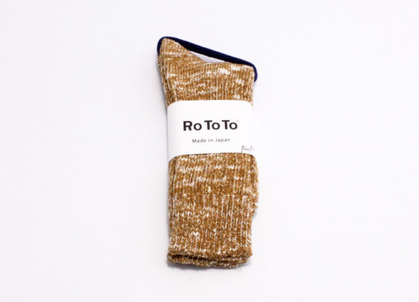 Rototo low gauge slub crew socks mustard 01