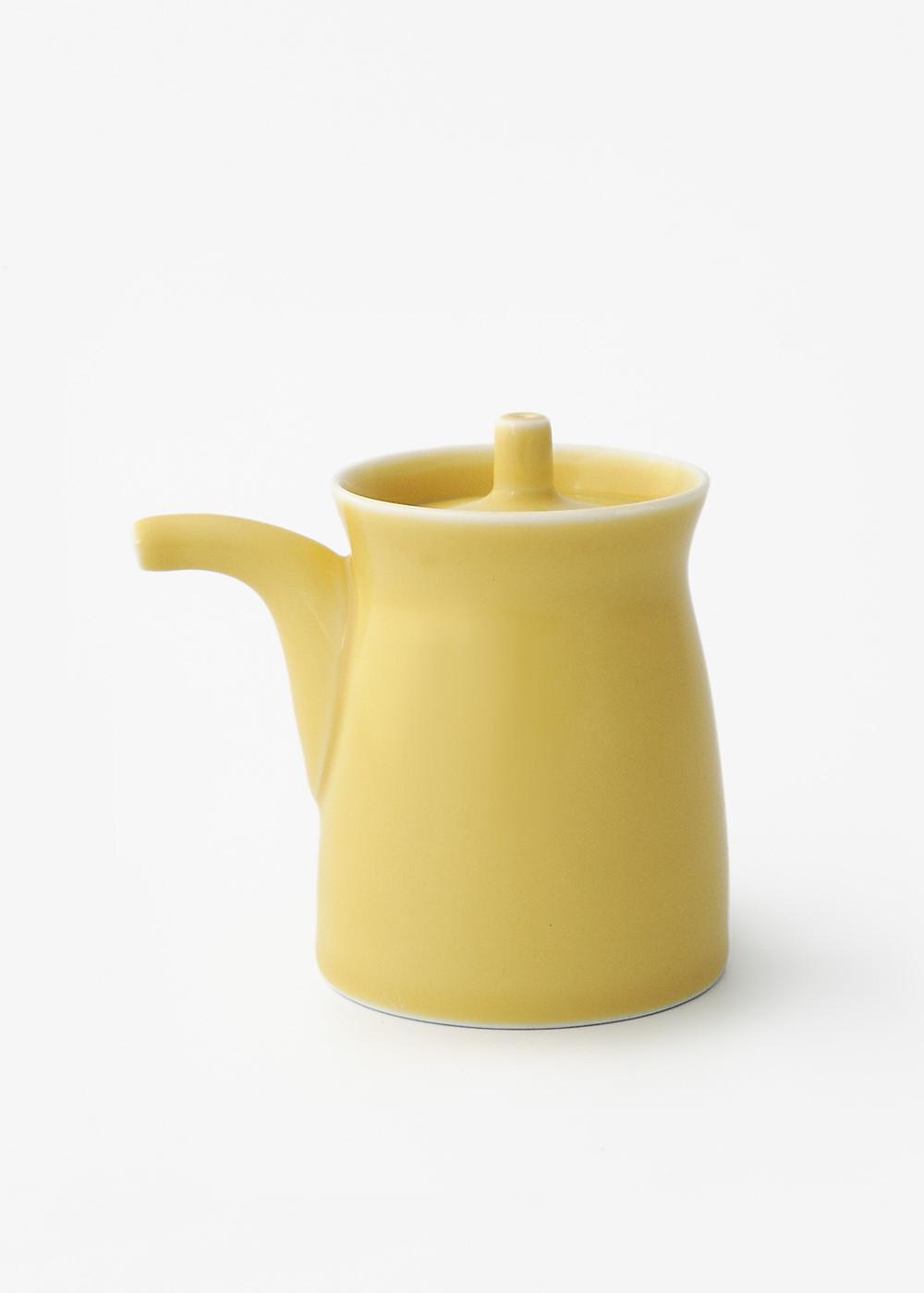 Hakusanporcelain-Gtype-Soy-Sauce-dispenser-Yellow1