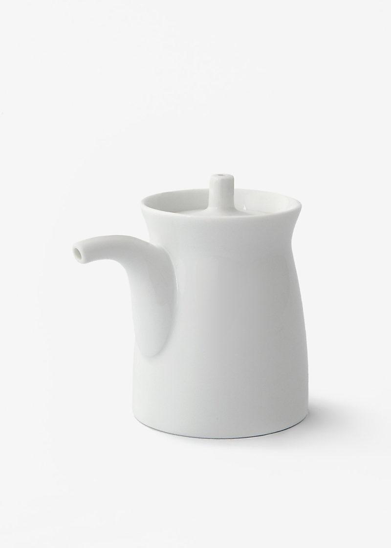 Hakusanporcelain-Gtype-Soy-Sauce-dispenser-white2