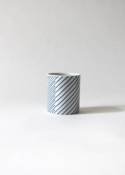 Hakusanporcelain-Kasanejima-Teacup