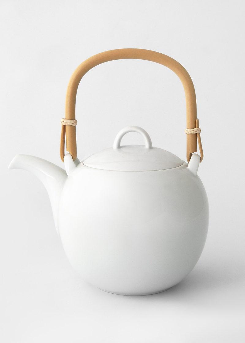 Hakusanporcelain-Mayu-Teapot1