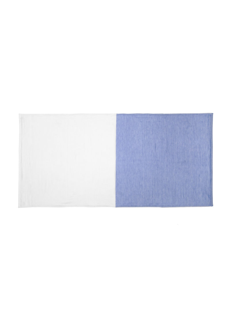 YoshiiTowel-5Trees2ToneChambray-BathTowl-White-Blue