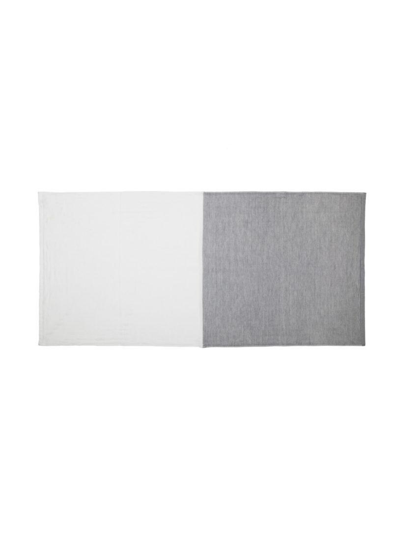 YoshiiTowel-5Trees2ToneChambray-BathTowl-White-Gray