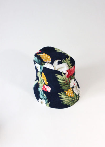 Engineered-Garments-BucketHat-Navy Hawaiian Floral Microfiber1
