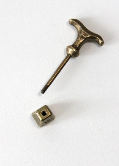 Postalco-LiftTotemKeyHolder-Brass2