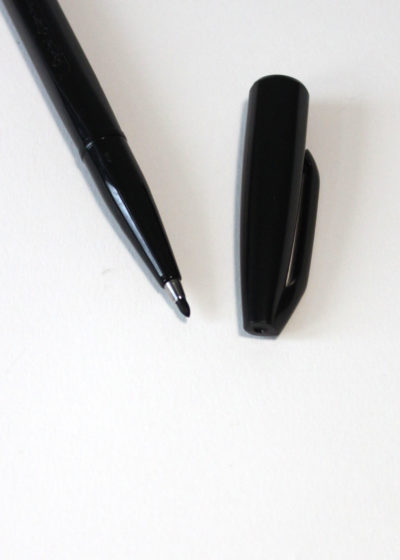 Pentel-Sign-Pen-Black2