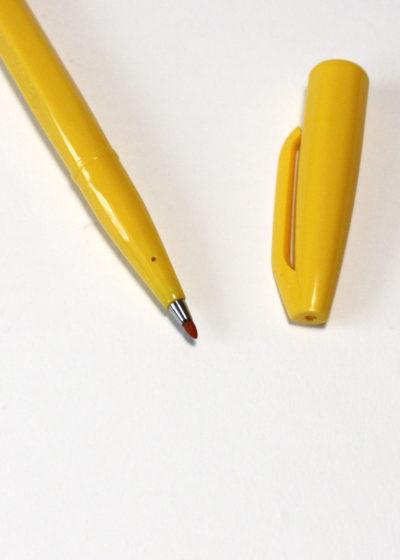 Pentel-Sign-Pen-Yellow2