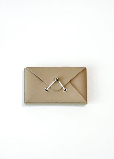 HenderSchemer-Assemble-card-case-beige1