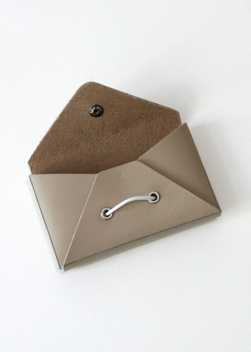 HenderSchemer-Assemble-card-case-beige2