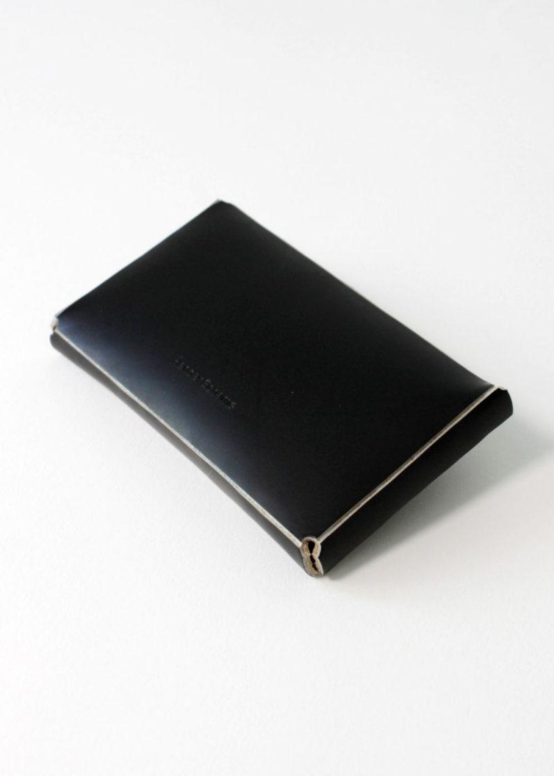 HenderSchemer-Assemble-card-case-black3