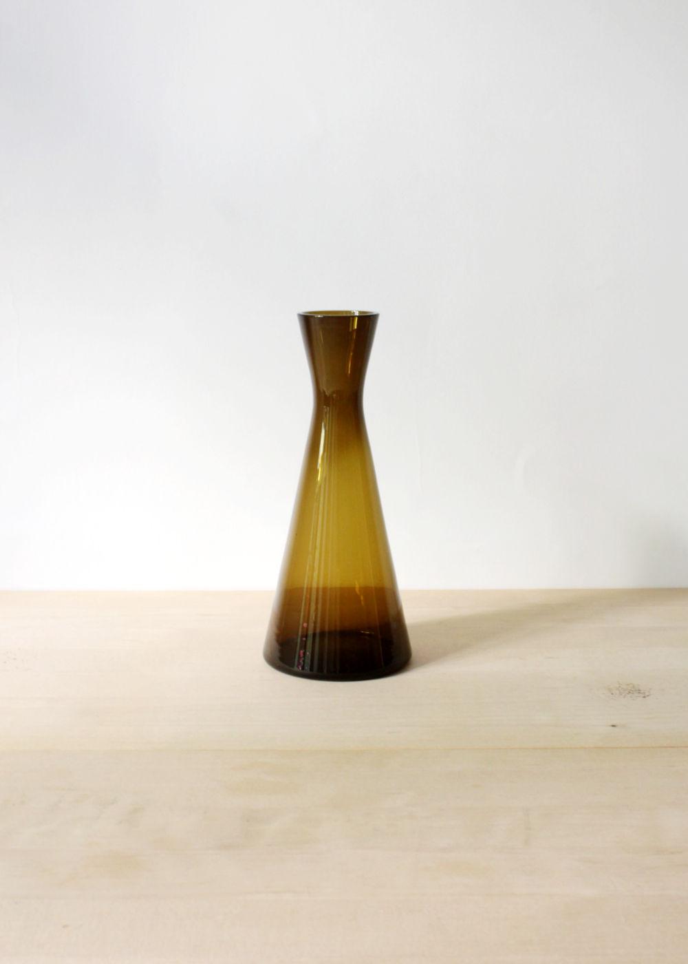 Kaj-Franck-glass-vase-large-brown-01