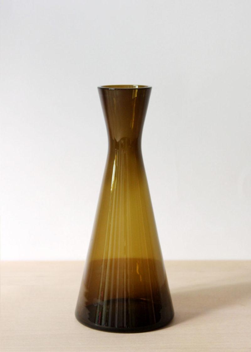 Kaj-Franck-glass-vase-large-brown-02