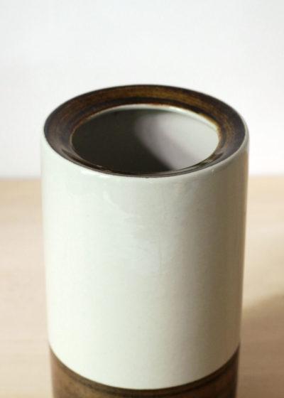 Peter-Winquist-tall-vase-03