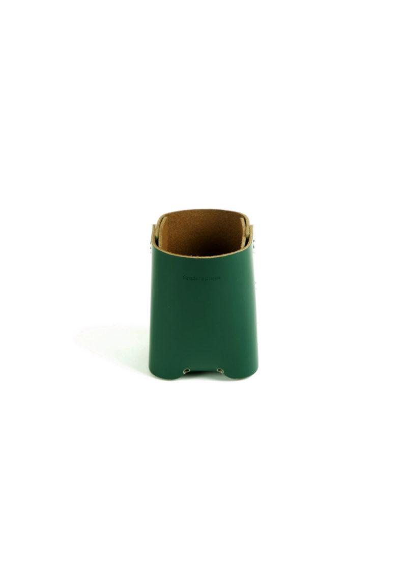 HenderSchemer-Assemble-pen-stand-deep-green1