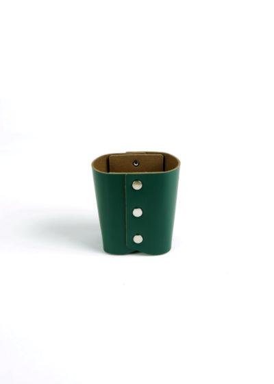 HenderSchemer-Assemble-pen-stand-deep-green2