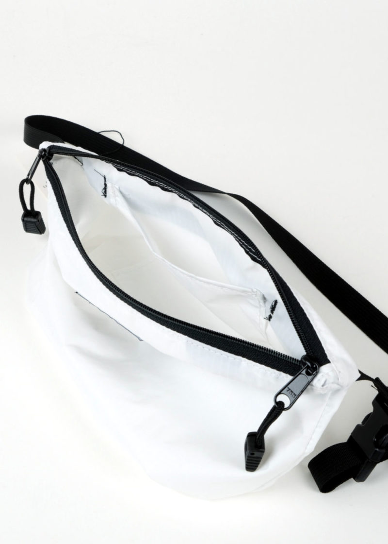Bags-In-Progress-Funnypack-Crossbody-White_04