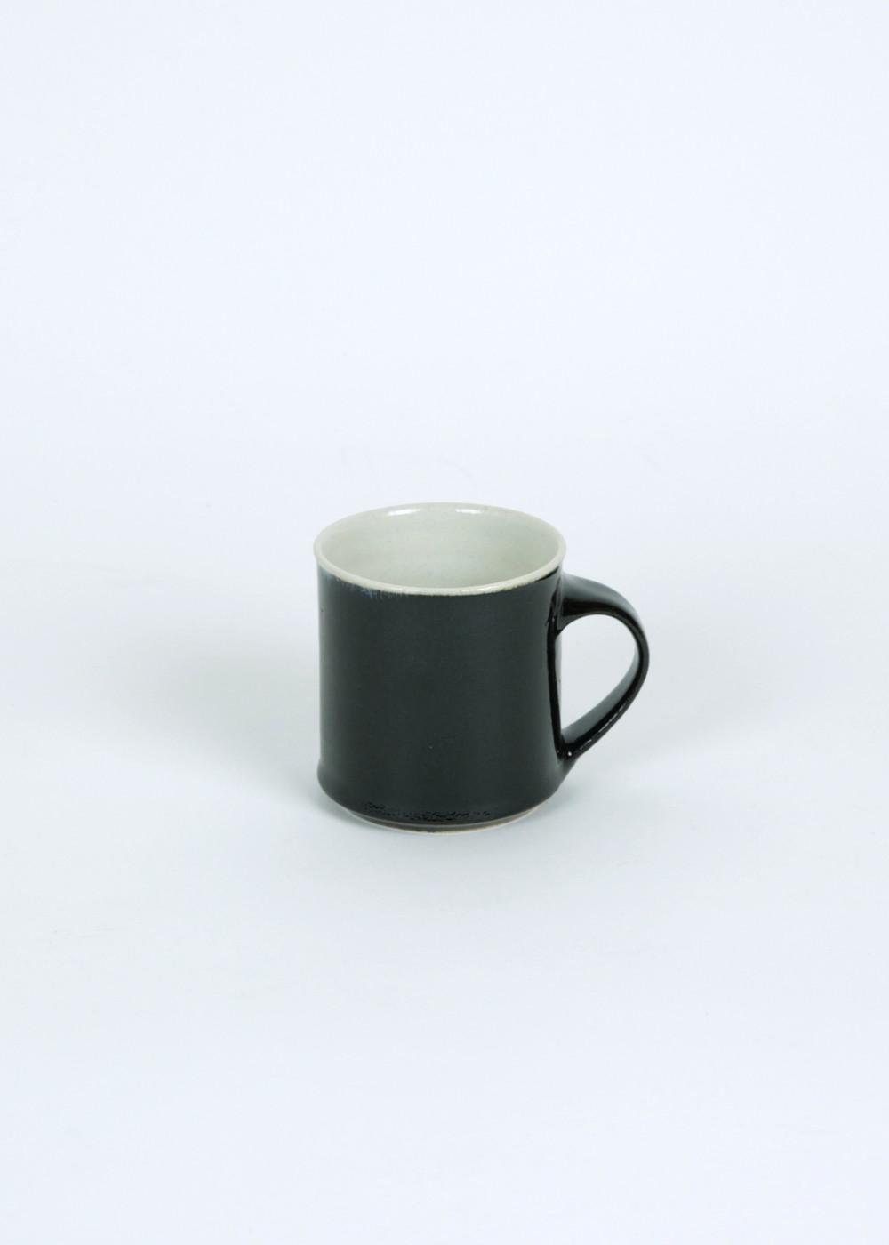 Gunji_mugcup_black_C1
