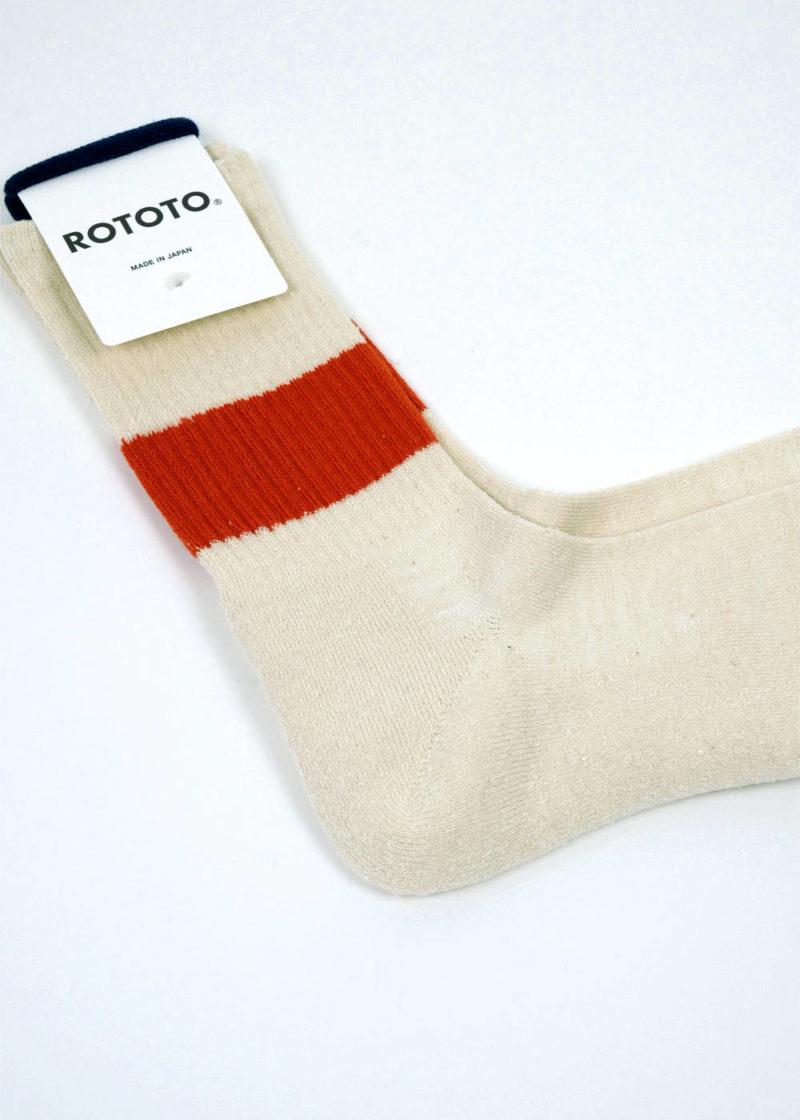 Rototo-ClassicCrewSocks-SilkCotton-Ivory-D.Orange-02