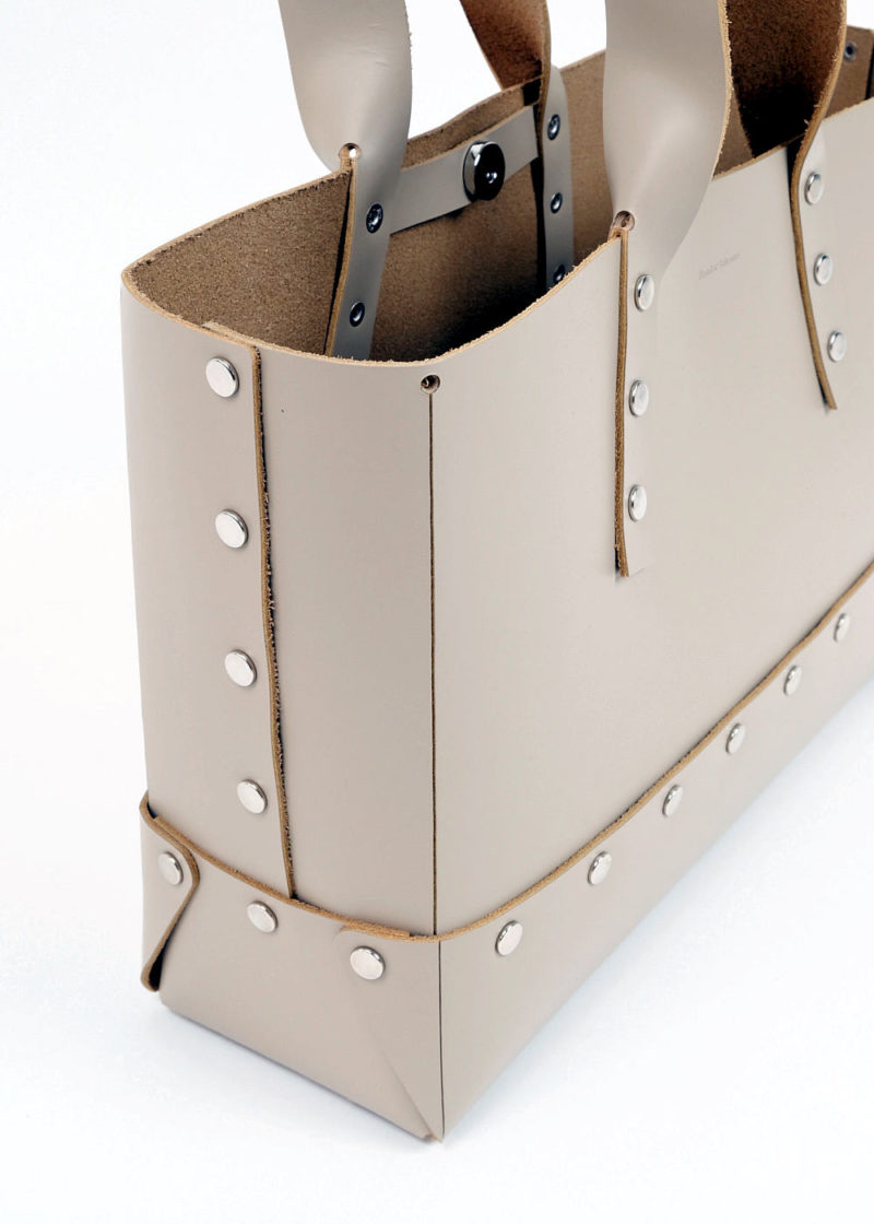 HenderSchemer-Assemble-bag-M-beige_05